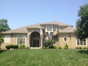 a home gets an exterior paint job in Kansas City Missouri