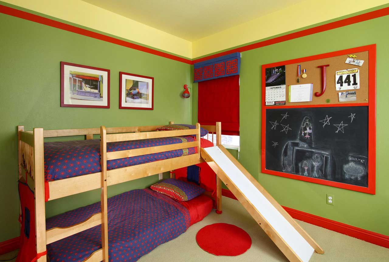 repainted kids' bedrooms using patterns of red and green stripes