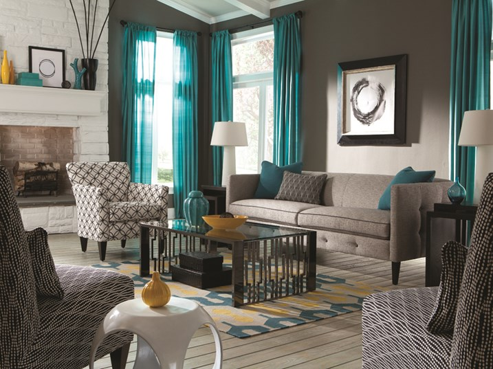 Interesting Living Room Paint Color Ideas: Why Painting In The Winter Is A Smart Idea